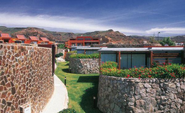 Reforma de 127 villas de la urbanización Anfi-Tauro, Mogán