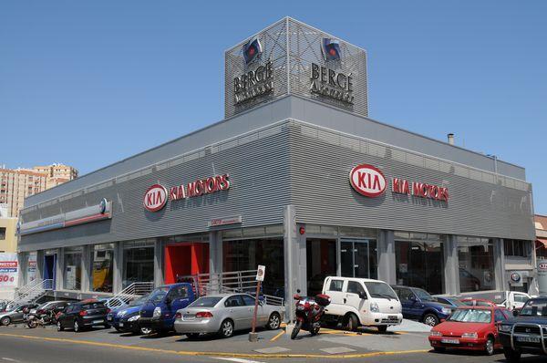 Concesionario, oficinas y talleres para el Grupo Bergé Automoción en Miller Bajo, Las Palmas de G.C.