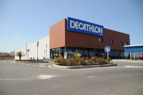 Sólo DF Centro comercial DECATHLON en Telde, Gran Canaria