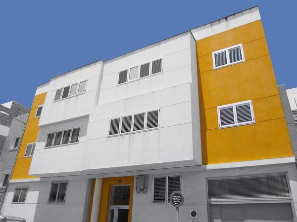 Edificio de 6 viviendas y garajes en La Suerte, Las Palmas de G.C.